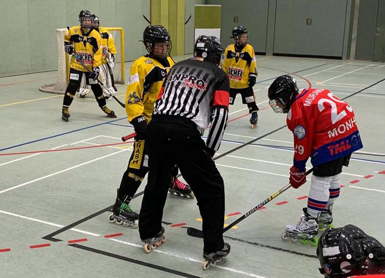 Ein weiterer Sieg der Crash Eagles Schüler III gegen die Monheim Skunks I mit 7:2 (3:1/1:0/3:1)