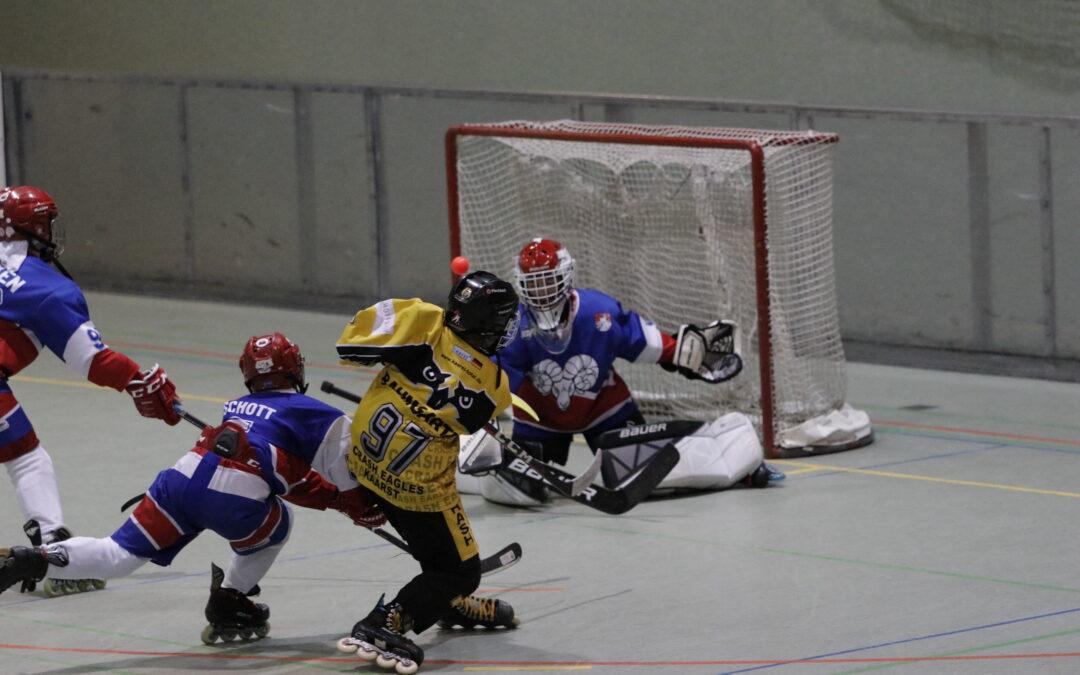 Unsere 1. Schüler  qualifizieren sich mit einem Sieg gegen den ewigen Rivalen aus Düsseldorf vorzeitig für die Play Offs zur NRW Meisterschaft…